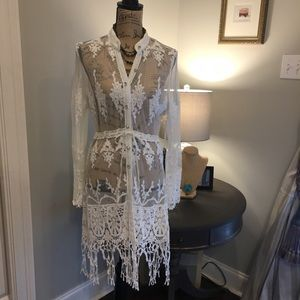 Ivory Lace Kimono with Fringe bottom. NWT